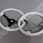 rsz_white_steeringwheel_pair